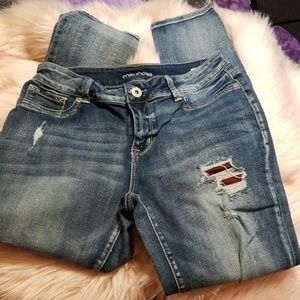 Distressed and patched Skinny Jeans